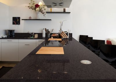 Antique_Limestone-Kitchen-1200x600