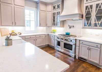 cashmere-carrara-quartz kitchen